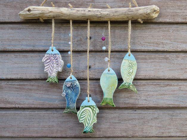 Aus Was Besteht Keramik windspiel keramik fische grün blau bunt