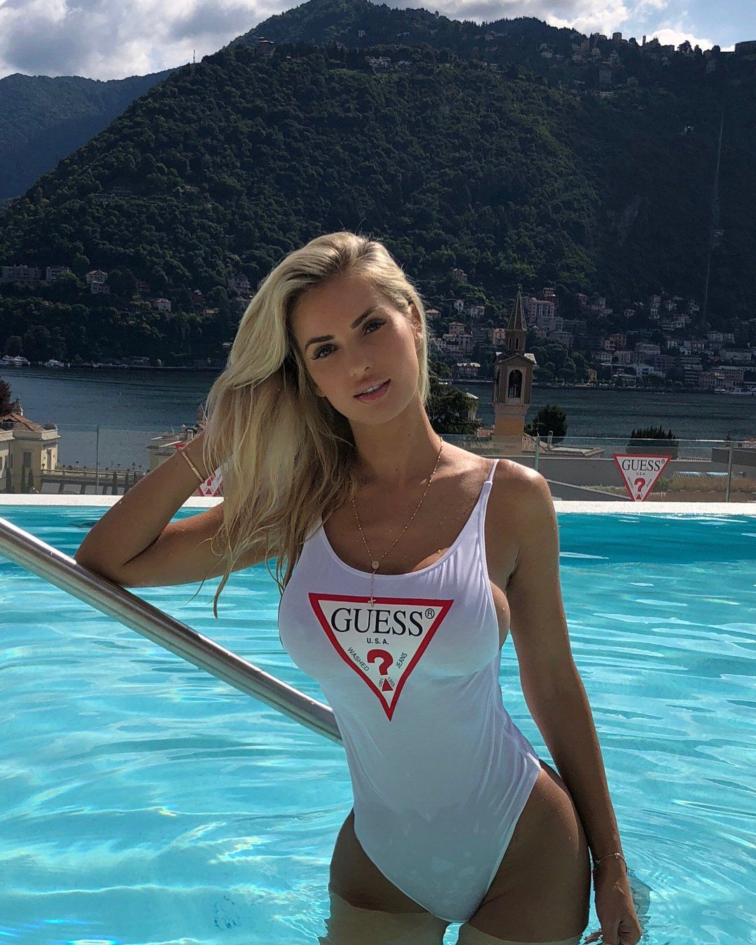 "a9c4f82a16 Leanna Bartlett (@leannabartlett) on Instagram: ""One of the most beautiful  places on Earth in #Italy #LoveGuess #DestinationGUESS"""