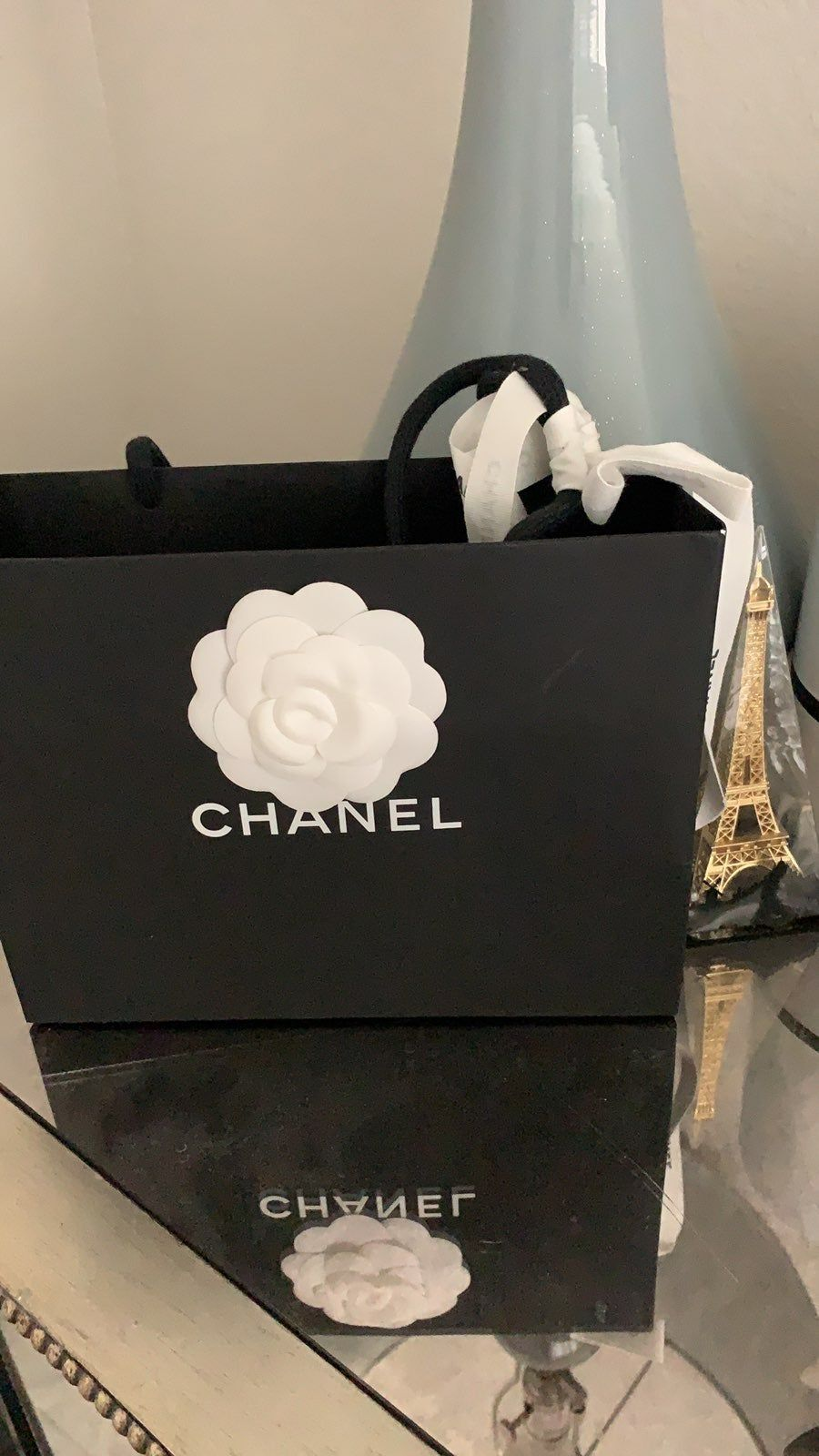 Chanel caviar leather card holder black and silver brand