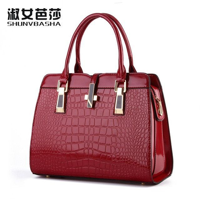 100% Genuine leather Women handbags 2017 new light leather bag female  crocodile high-grade shoulder bags of western style bag 6ca0bb81cec7e