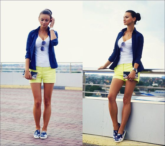 More looks by Anna Mour ♥: http://lb.nu/anna_mour #casual #sporty #street #comfy #summerlook #shorts #yellowshorts #navyshirt #asos