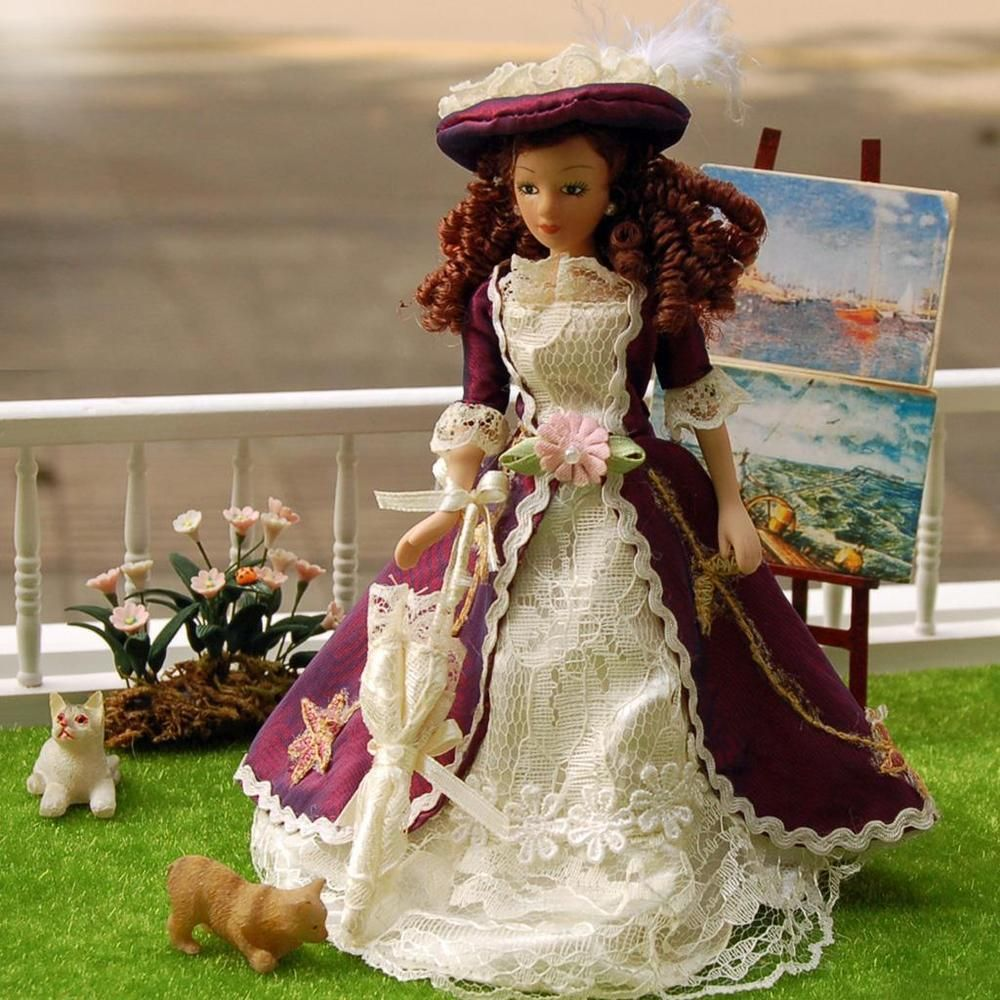 Elegant  Lady Miniature Dollhouse Doll House  Picture