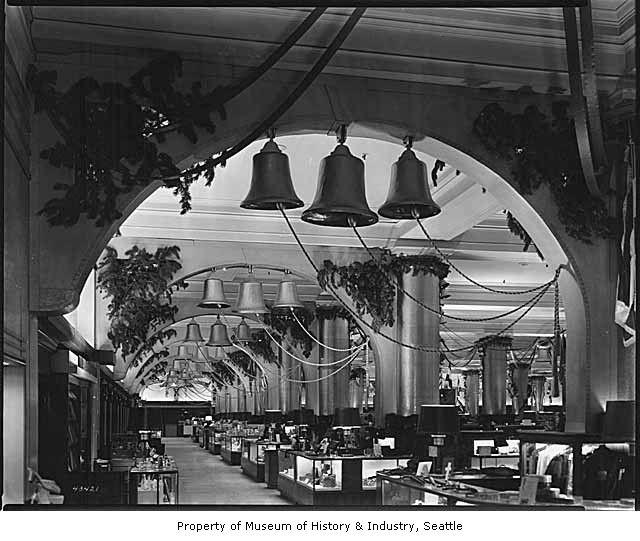 Christmas Decoration Store Portland Oregon: Christmas Decorations At Frederick & Nelson, Seattle, 1943