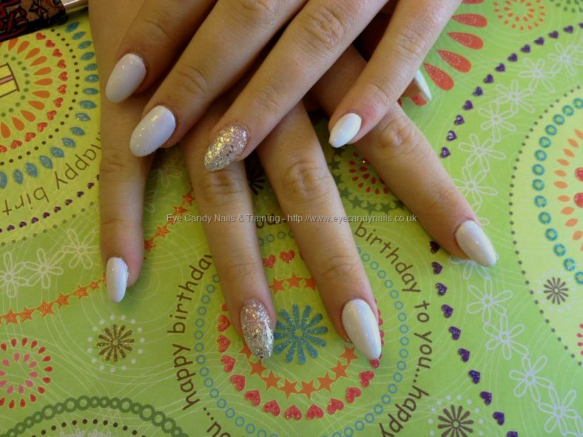 White Almond Nail Designs | Beauty Nails