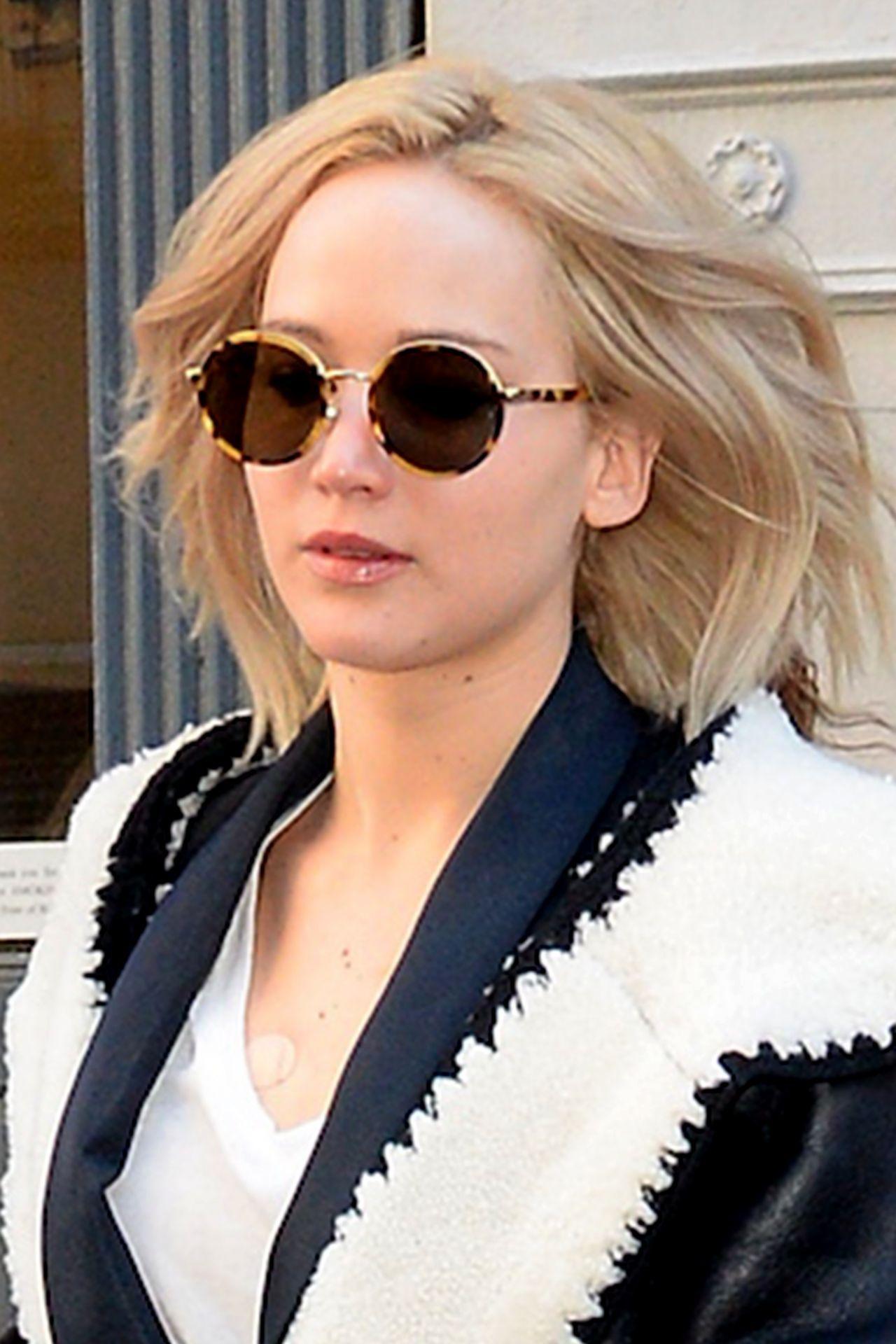 2f53ce80891 Jennifer Lawrence Sunglasses