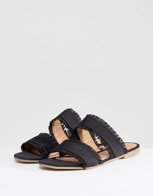 Pieces Two Part Mule With Fringing t28gp
