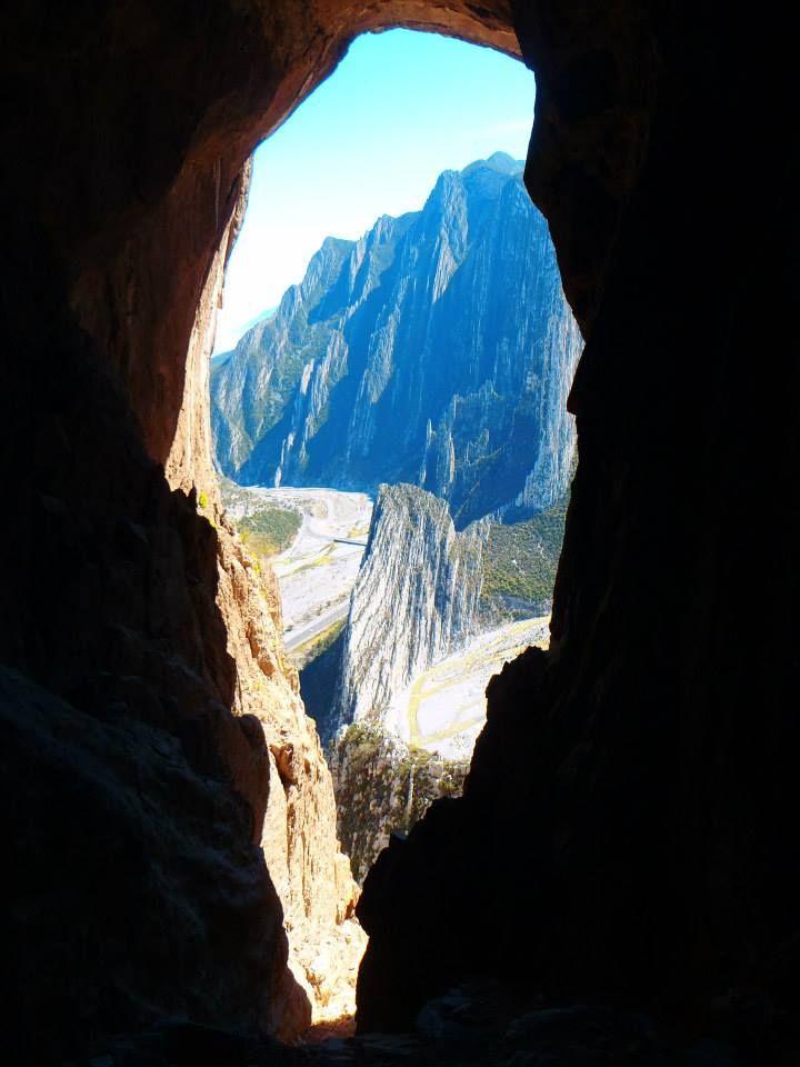 Cueva de la Virgen  Recorrido guiado, duracion aproximada de 4 a 6 horas