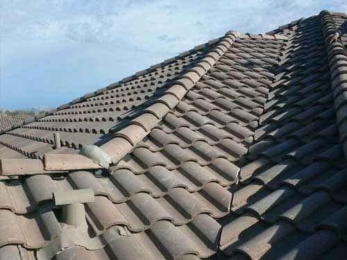 How To Choose A Commercial Roofing Company Learn Here How To Hire A Best Commercial Roofing Commercial Roofing Systems Commercial Roofing Residential Roofing