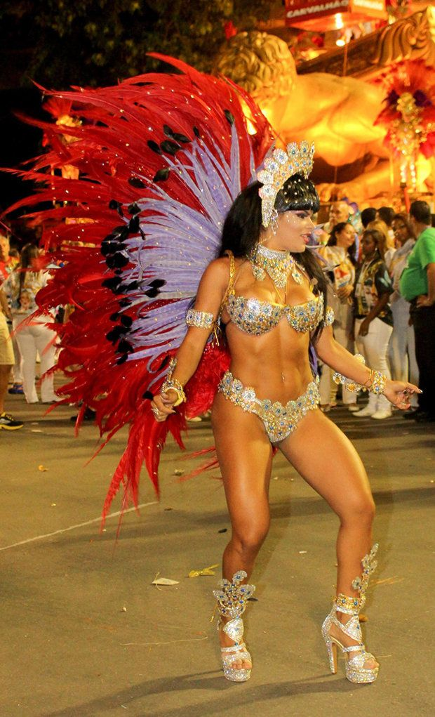 Share sexy women in carnival there are