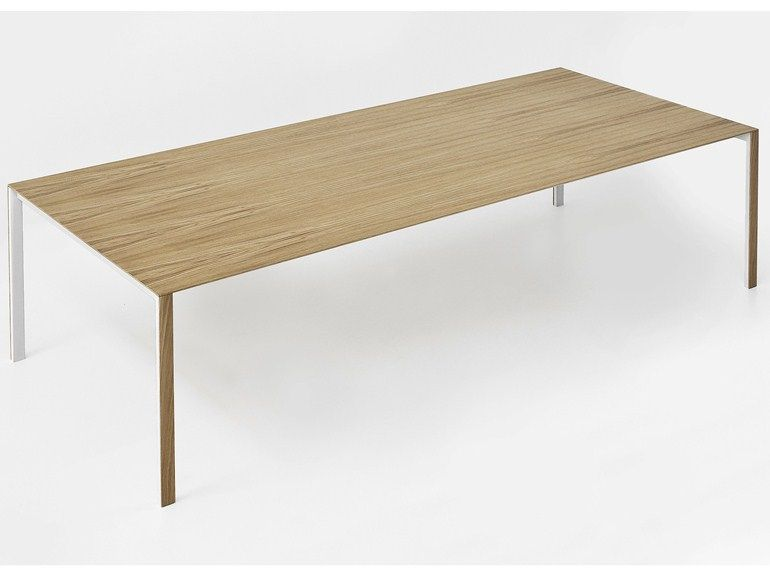 Table rectangulaire en bois thin k wood by kristalia for Table kristalia