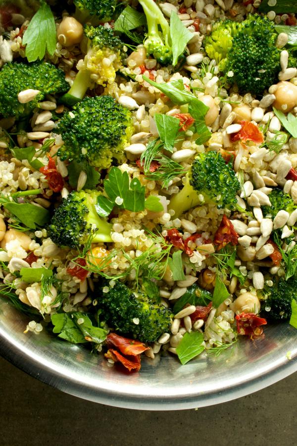 High Protein Vegan Salad That Will Keep You Energized Vegan Program Recipe Healthy Eating Snacks Delicious Healthy Recipes Vegan Recipes Healthy