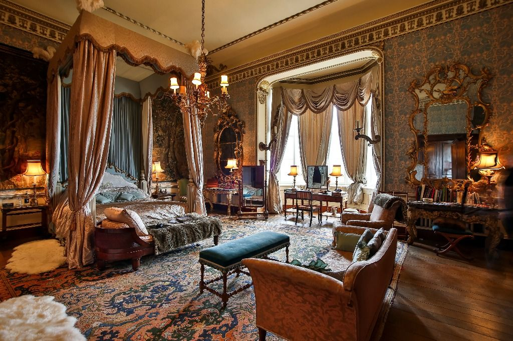 Belvoir Castle   Tapestry Room Was Used A He New Queenu0027s Bedroom In The  Film Young Victorian, And The Four Poster Bed Was Made For The Set.