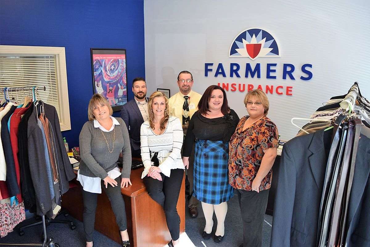 Clarksvilles farmers insurance agency donates to suits