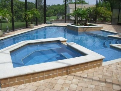 How to Remove the Waterline Scale on a Swimming Pool | Calcium ...
