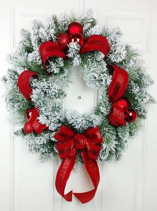29 Cool Diy Christmas Wreath Decoration Ideas Christmas Wreath Cool Decoration Christmas Wreaths Diy Christmas Wreaths Christmas Decorations Wreaths