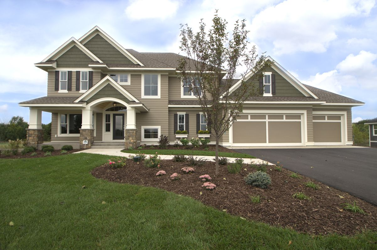 Lp smartside prefinished from lake states in lx pro khaki for Prefinished siding