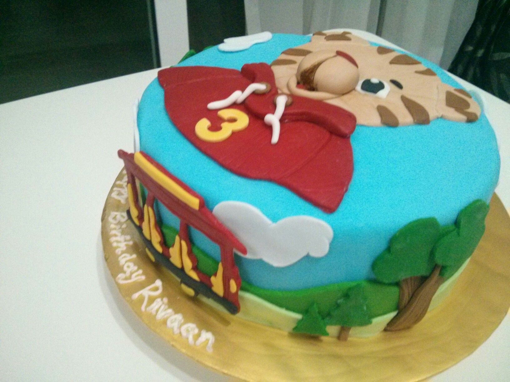 daniel the tiger cake cake designs pinterest tiger cake cake