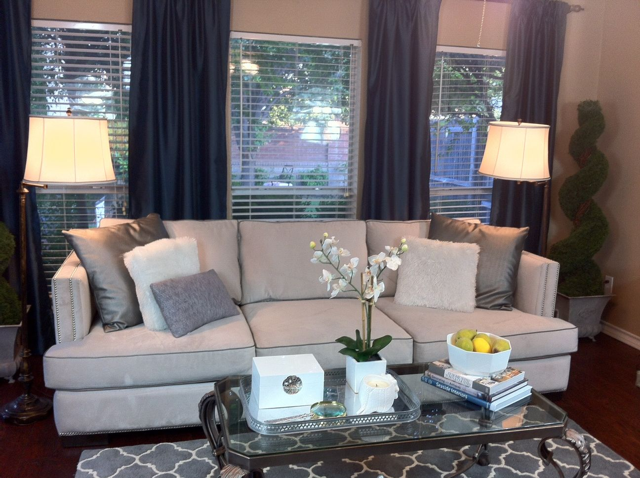 20 Coffee Table Accent Pieces Large Home Office Furniture Check More At Http