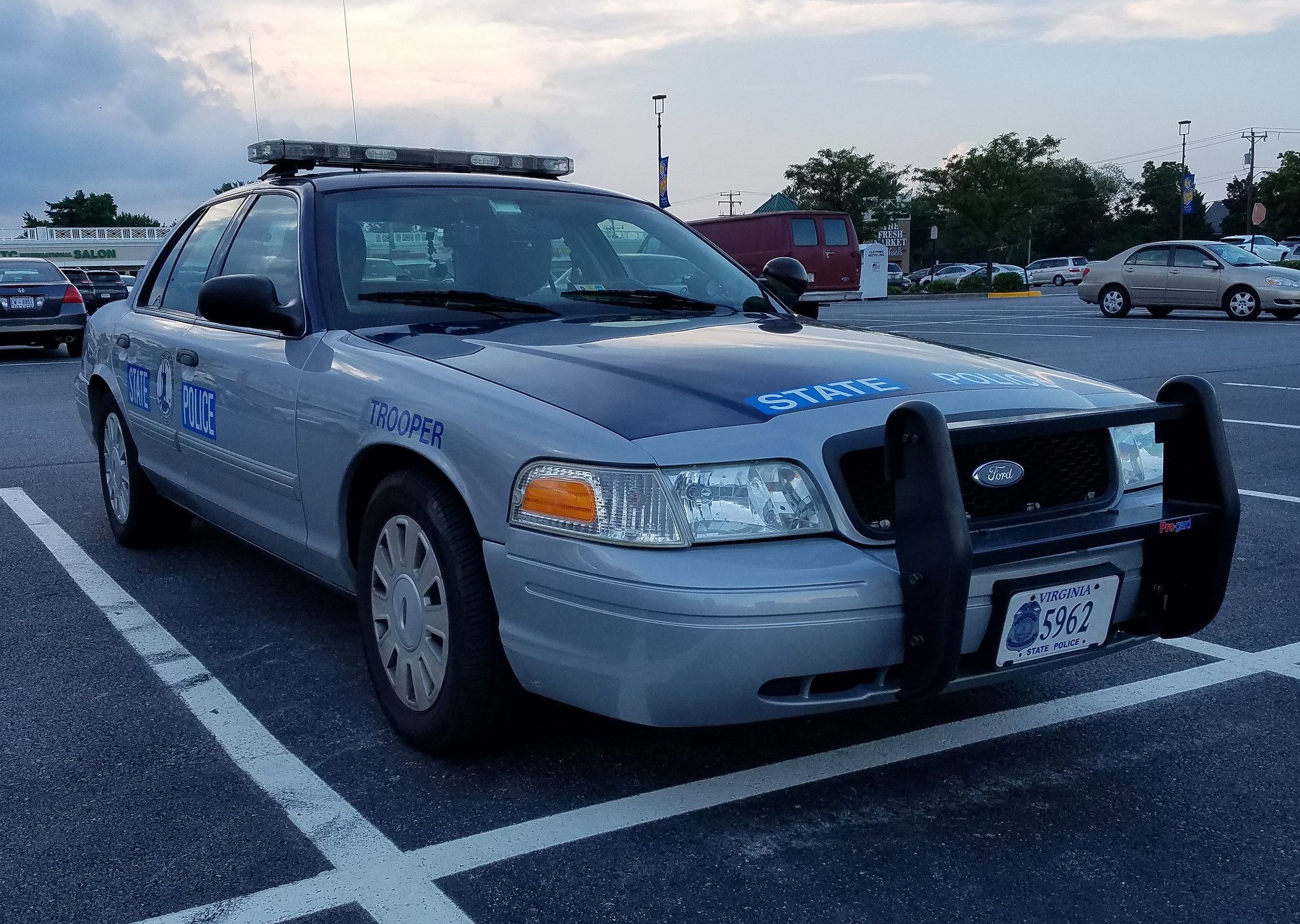 Virginia State Police 2011 Ford Crown Victoria Police Interceptor Victoria Police Police Cars State Police
