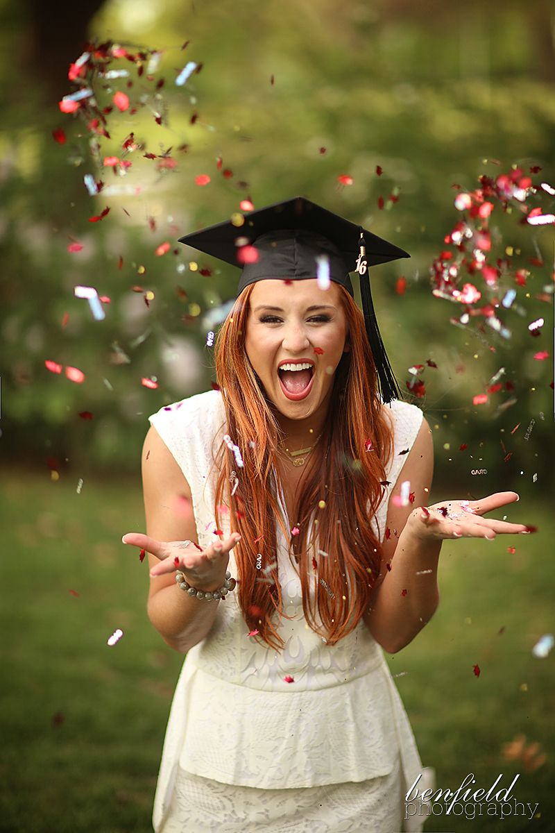 Pin by Kristy Viera on College Senior Portriats (With