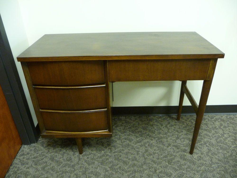 Best Vintage Mid Century Modern Danish Style Walnut Desk By 400 x 300