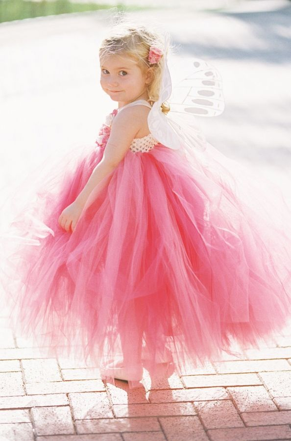 Great idea for a flower girl in a pink wedding - Tulle and wings ...