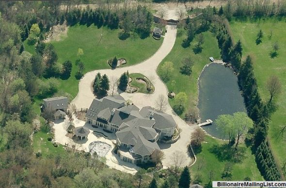 An Aerial View Of Rapper Eminem S Mansion Celebrity Houses Eminem Aerial View