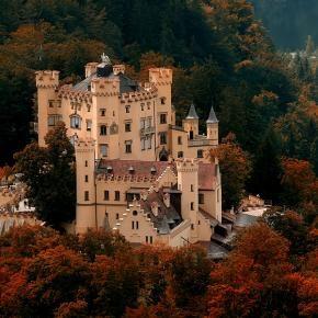 Castle Hohenschwangau Bavaria Germany King Ludwigs Birthplace Schloss Hohenschwangau Bayern Deutschland Germany Castles Beautiful Castles Castle