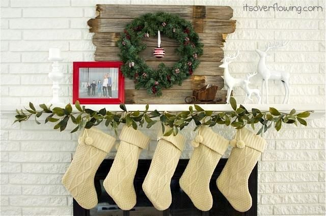 Mantel Decorations  IDEAS  INSPIRATIONS  Modern Country Christmas