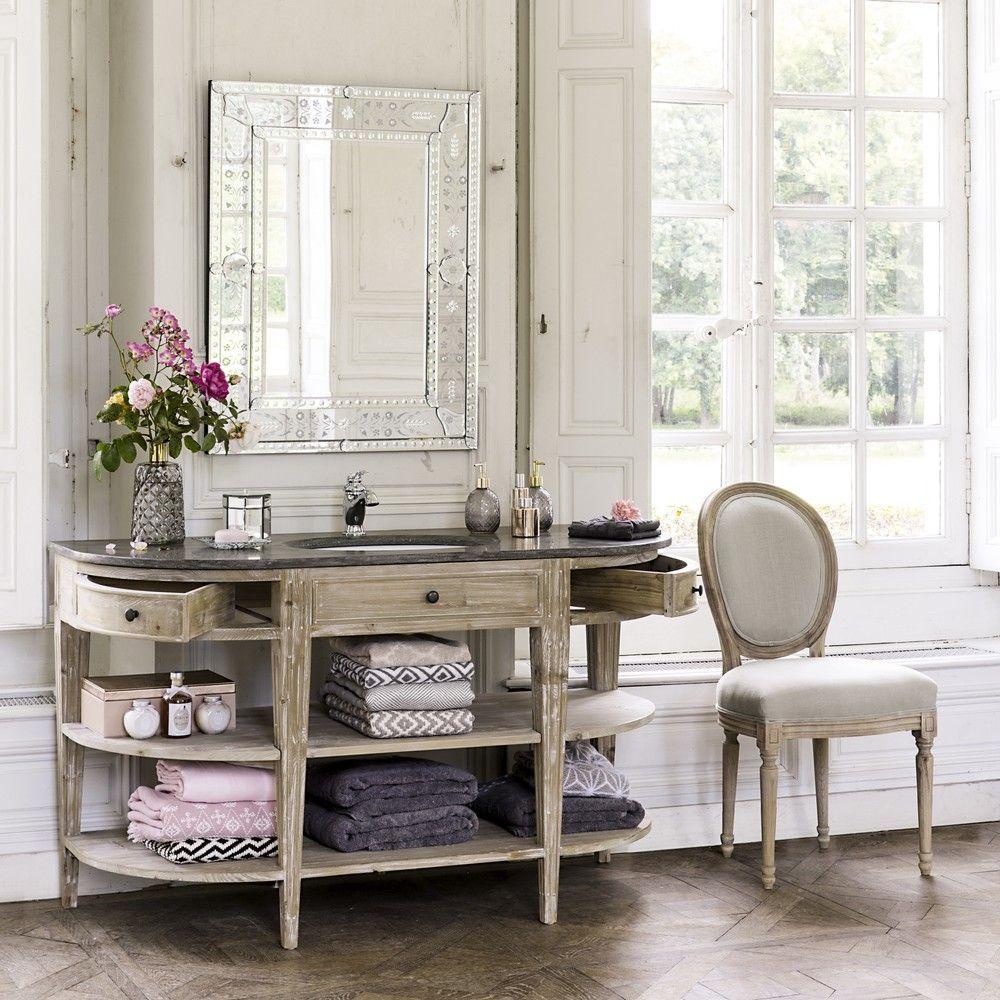 Badezimmermöbel Stühle, Rohre und Badezimmer