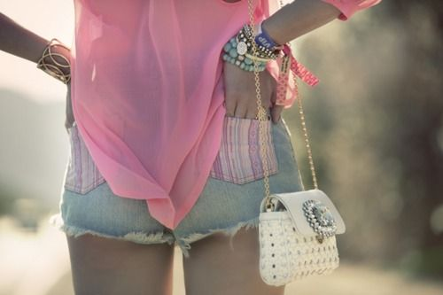 Blouse: Urban Outfiters Shorts: H Purse: Dolce & Gabanna Arm Party: Free People, BesoBeso, Ever Eden