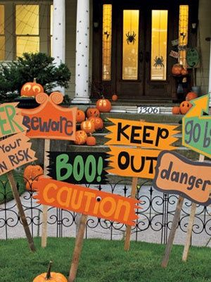Halloween Yard Decoration at WomansDay - Outdoor Halloween Decor