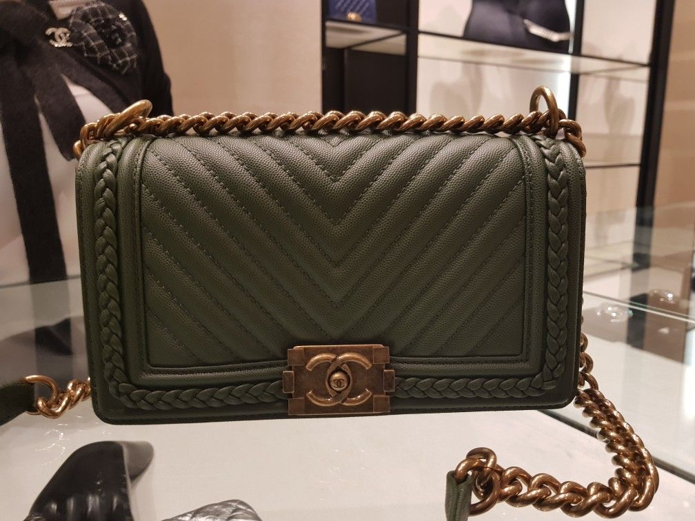 08d3de11a0f2 The chanel 18C pleated green boy. | Bags