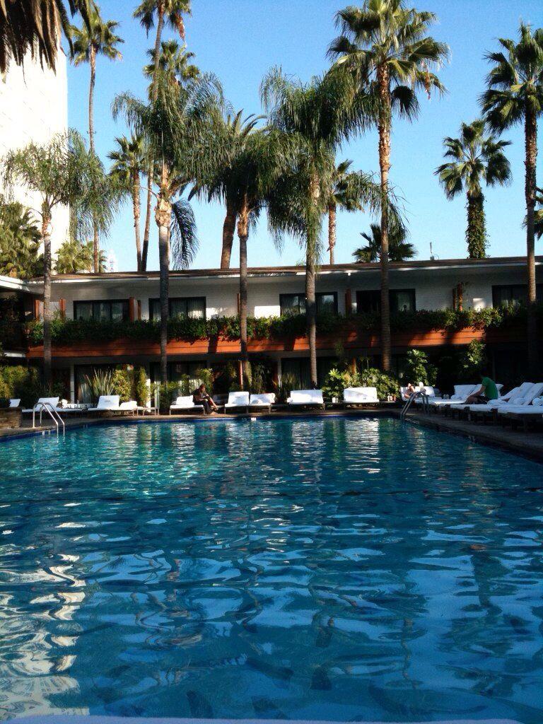 Hollywood Boulevard, Beverly Hilton