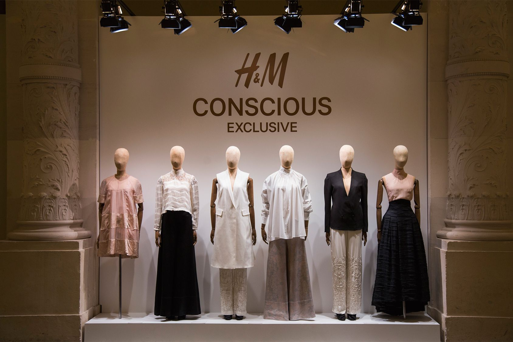 Benjamin Shine: Seeing Through The Material tulle ... |Curved Line Display Visual Merchandising