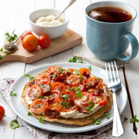 Oat Omelette w/ Hummus & Tomatoes