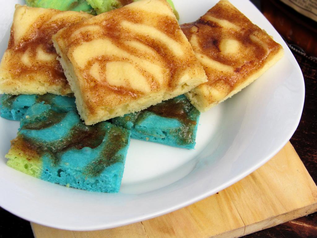 Baked Cinnamon Swirl Pancakes  #cookformom #sundaysupper contest with @kitchenaidusa