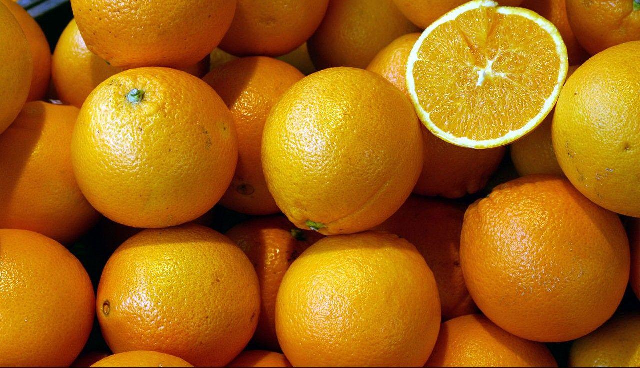 Mucha gente cree que pocos minutos después de haber exprimido las naranjas el zumo se ha quedado sin este nutriente tan importante para la salud humana