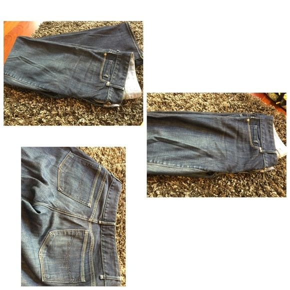 Gap Perfect Boot Jeans Size 29/8r. These super comfortable jeans sit just a tad higher on the hip. Perfect for an evening out or daytime exploring. Excellent condition. GAP Jeans Boot Cut