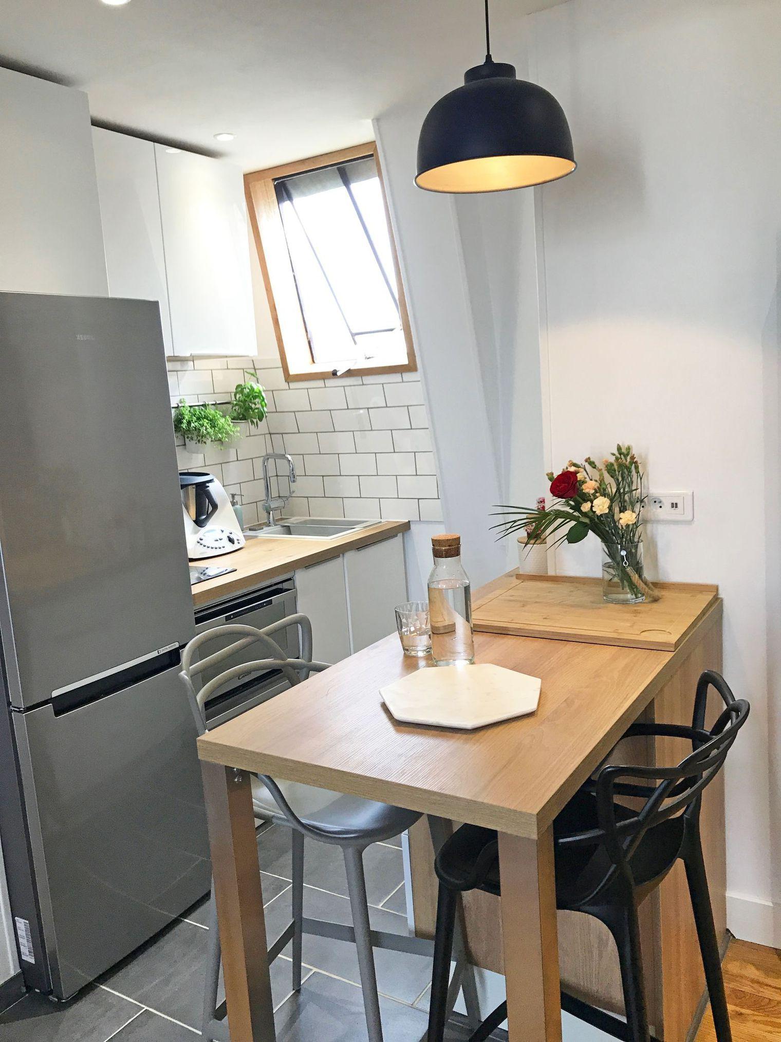 Avant après : petite cuisine de 2 m2 rénovée   Taille étroite, Coin ...