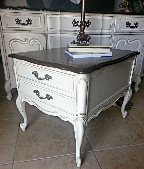 Bon Vintage French Provincial End Table By Claudialardizabal On Etsy, $199.00