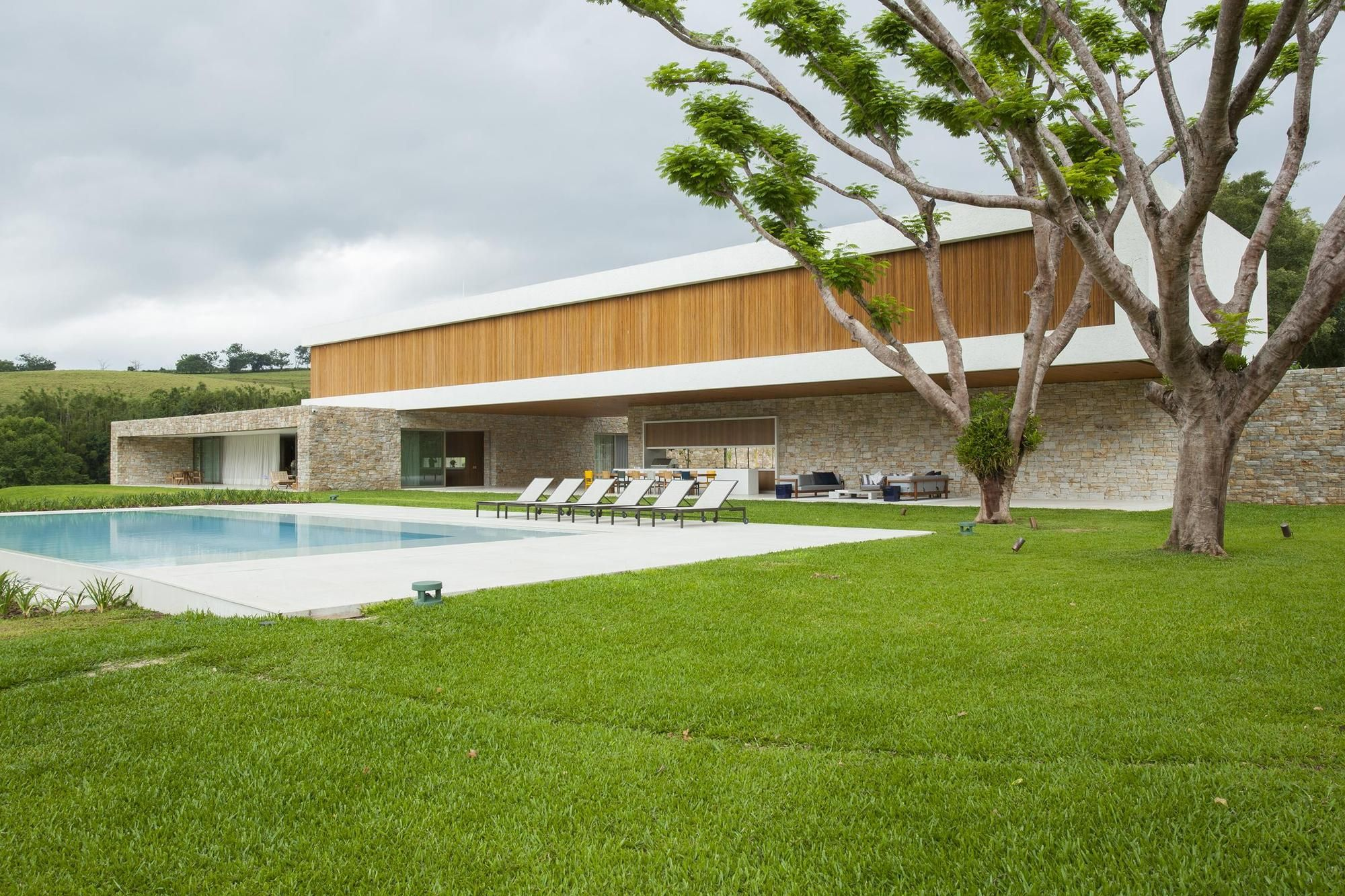 Galeria de Residência Itatiba / RoccoVidal Perkins+Will - 6 ...