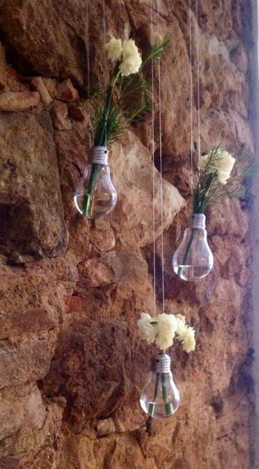 Ideas- bombillas como floreros decorativos