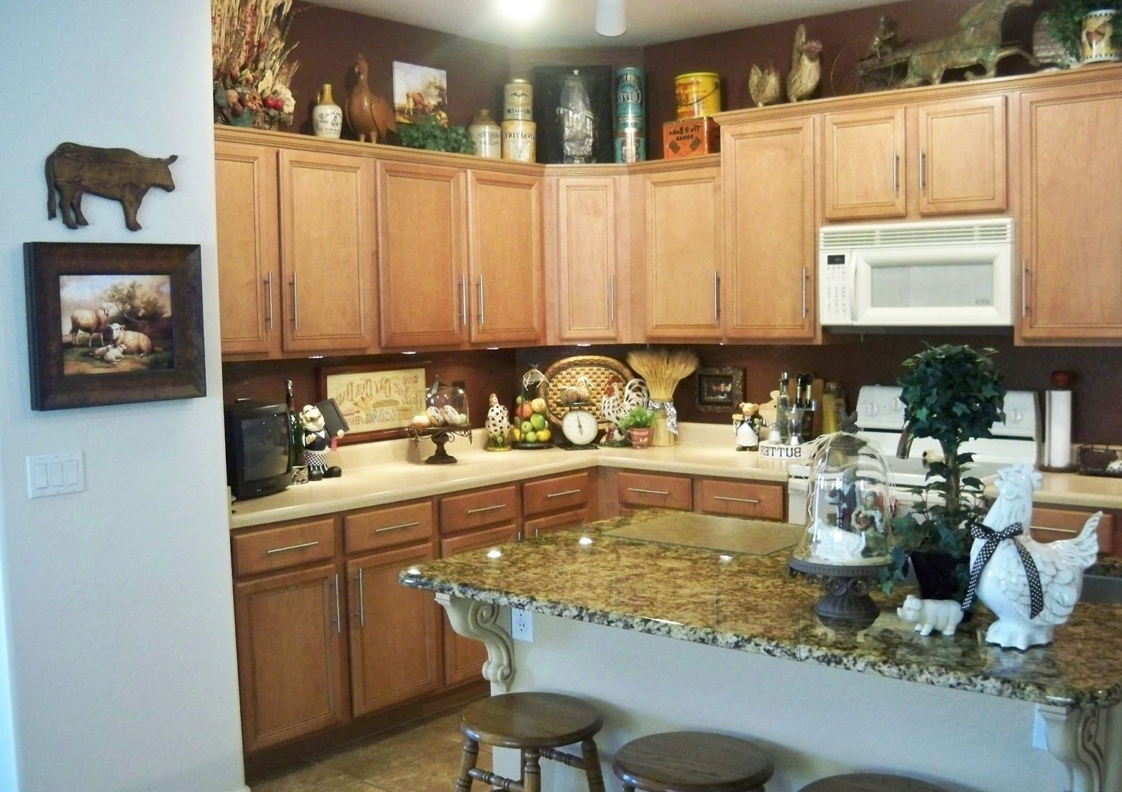 Rooster s Kitchen Cabinets - Kitchen Design Ideas on
