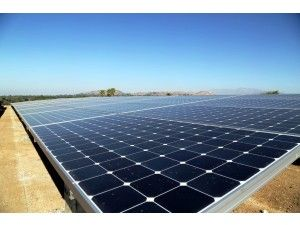 Here S How California Ended Up With Too Much Solar Power Increasing Amounts Of Wind And Solar Energy Are Being Wasted O Solar Solar Installation Solar Power