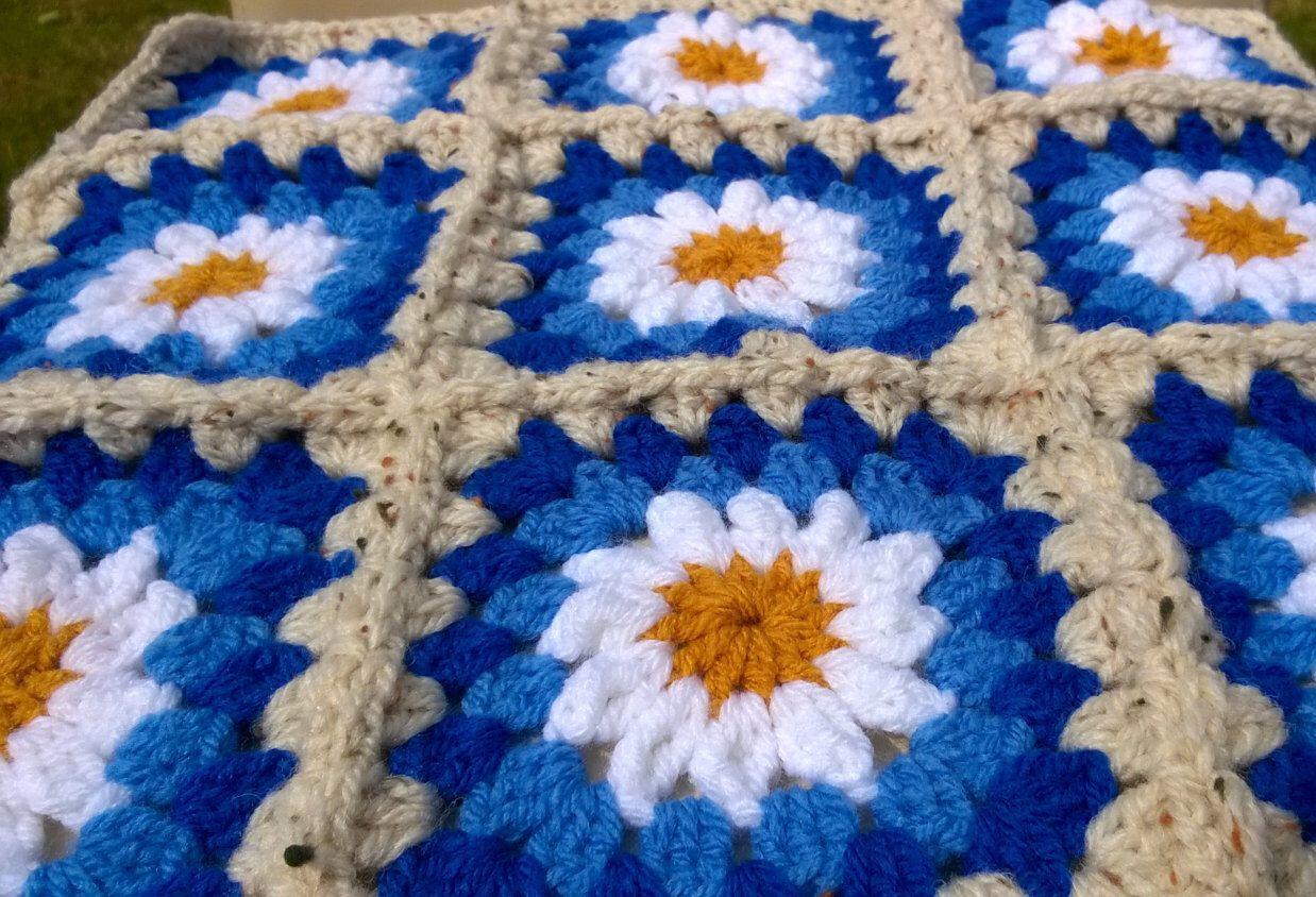 Crochet Blanket Daisy Granny Square Throw Afghan | Mantas y Cojines ...