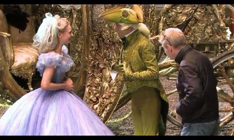 Disney Cinderella 2015 Movie Scenes – Fondos de Pantalla