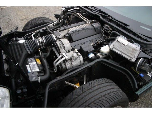 Chevrolet Corvette 1994 Engine Bay | Chevrolet Corvette (C4