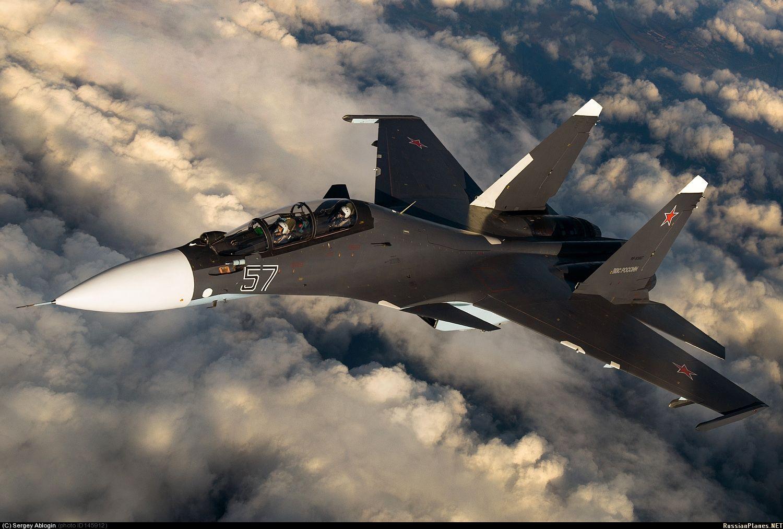 девушка картинки русских самолетов военных пейзажи фоне уроки