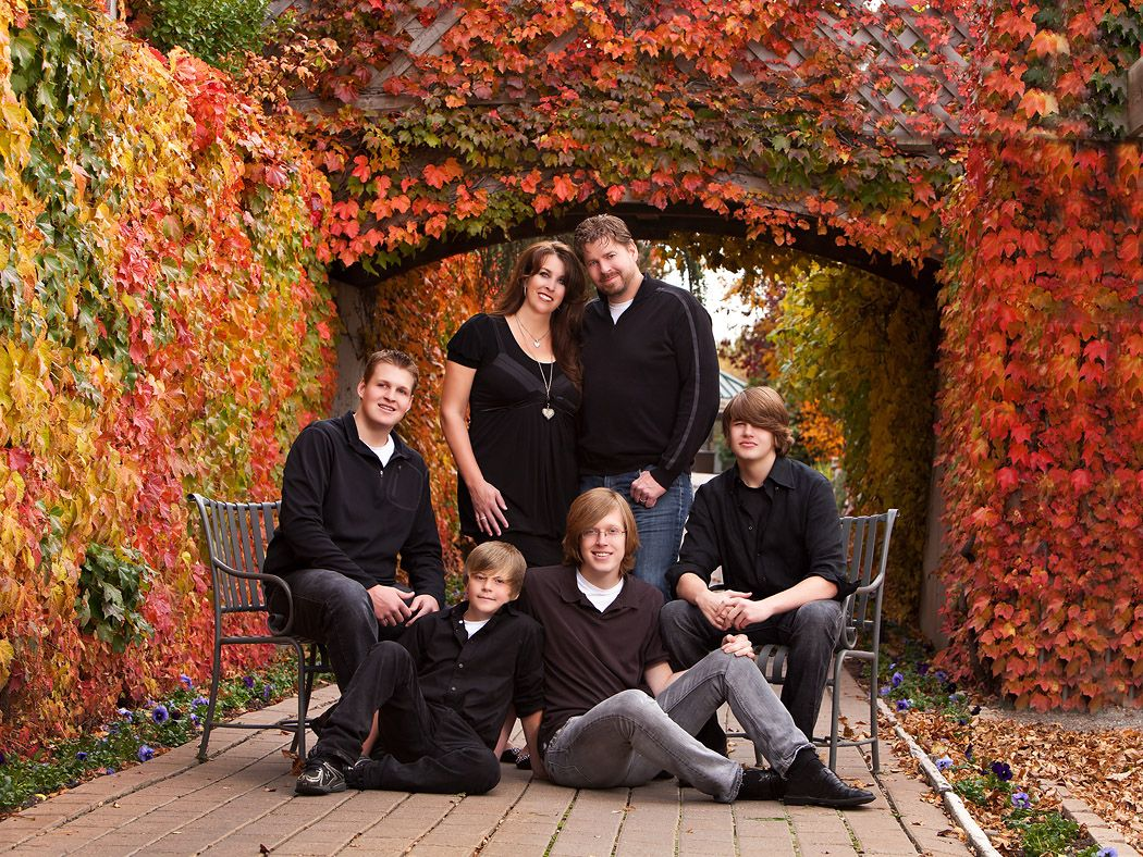Fall Family Portraits Clothing Ideas